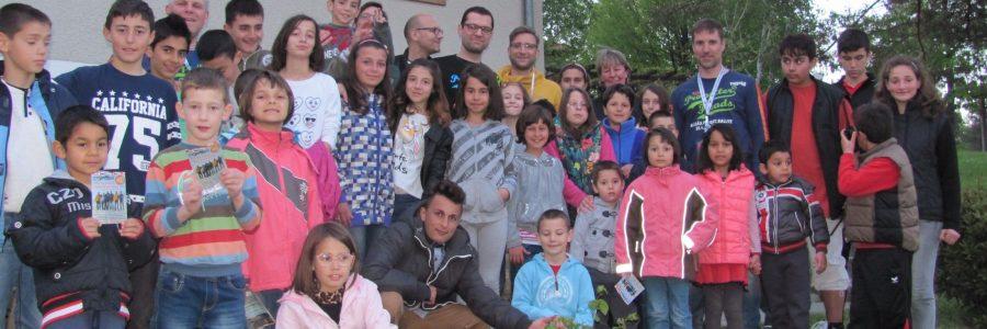 3.138,33 € und Rosen für das SOS Kinderdorf Tryavna